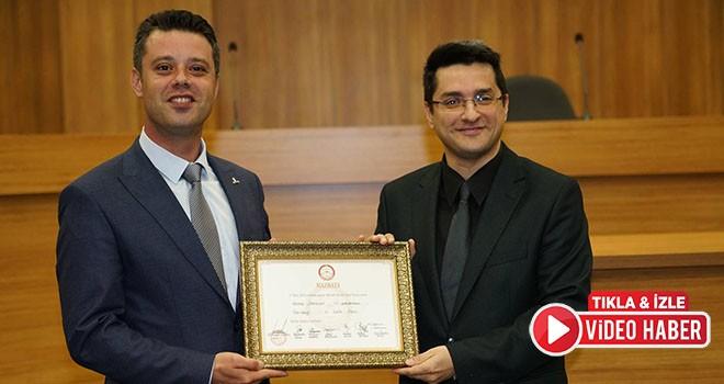 Başkan Sarıkurt ve meclis üyeleri mazbatalarını aldı
