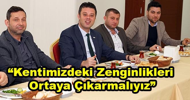 """Çorlu Belediye Başkanı Ahmet Sarıkurt, """"Kentimizdeki Zenginlikleri Ortaya Çıkarmalıyız"""""""