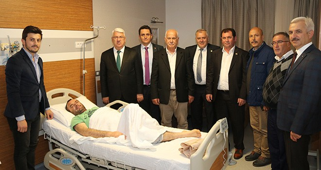 Başkan Yüksel Hastaları Ziyaret Etti