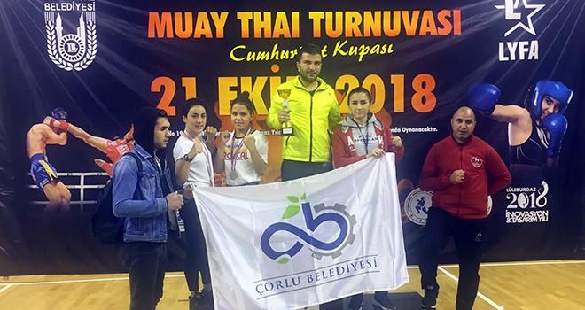 Çorlu Cumhuriyet Kupası'ndan Madalyalarla Döndü