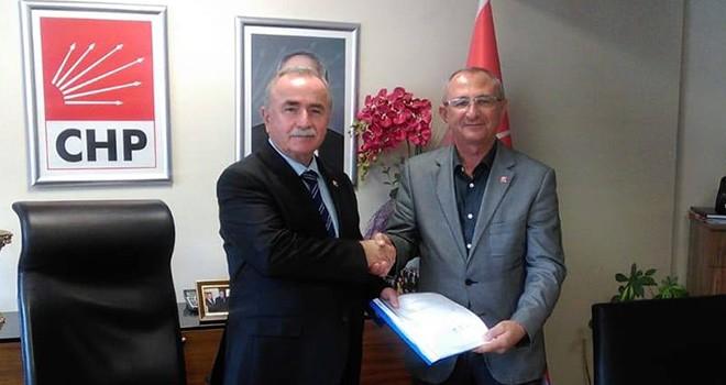 CHP'de Erdinç İrel İstifa Etti