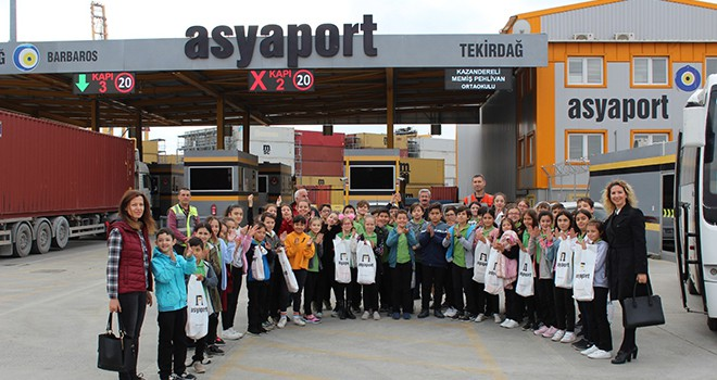 14 Okul 500 Öğrenci Asyaport'u Gezdi